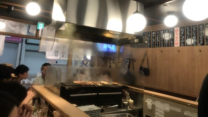 焼鳥のヒナタの店内の雰囲気
