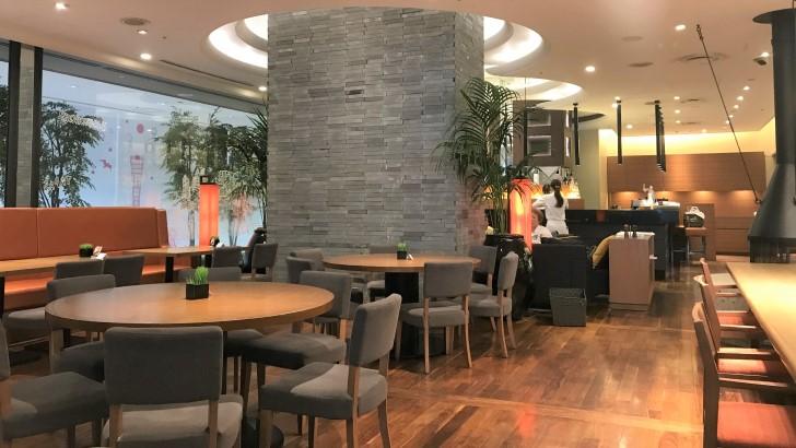 HARBOR CAFE ALL DAY DINING(ハーバーカフェオールデイダイニング)の店内雰囲気2